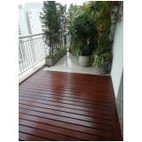 aplicação de deck de madeira para piscina Tamboré