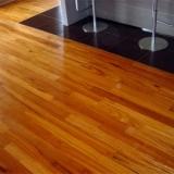 aplicação de piso vinílico em madeira preço Morro Grande