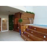 aplicação de cascolac para piso de madeira