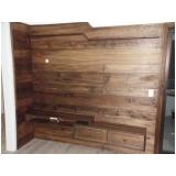 assoalho de madeira clara Vila Romana