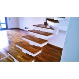 empresa de aplicação de deck de madeira laminado Taboão da Serra
