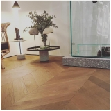 piso de laminado de madeira Jardim Leonor