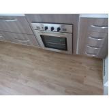 quanto custa aplicação de piso de madeira na cozinha Cajamar
